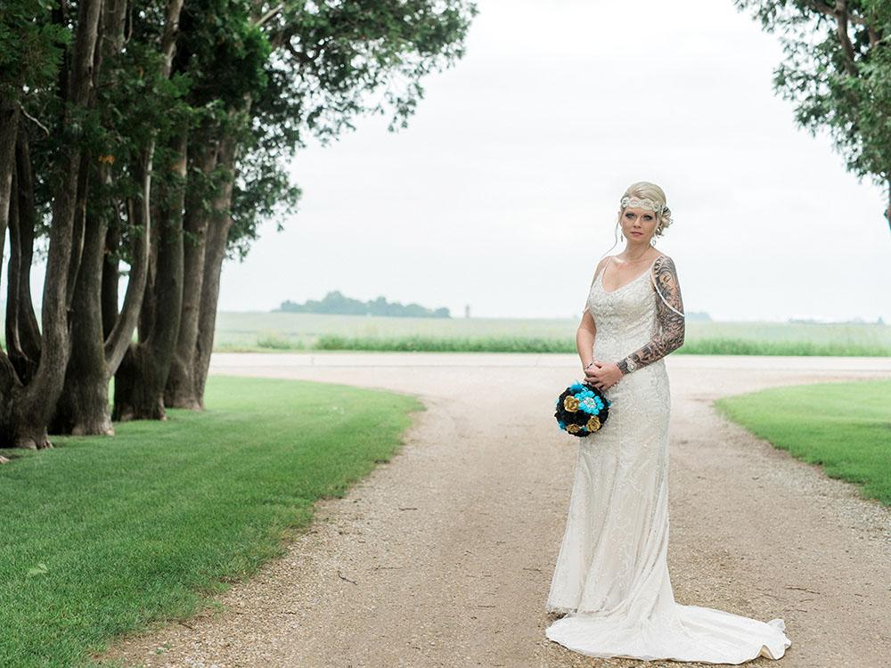 vintage gown DIY bouquet tattood bride waterloo ia wedding photography.jpg