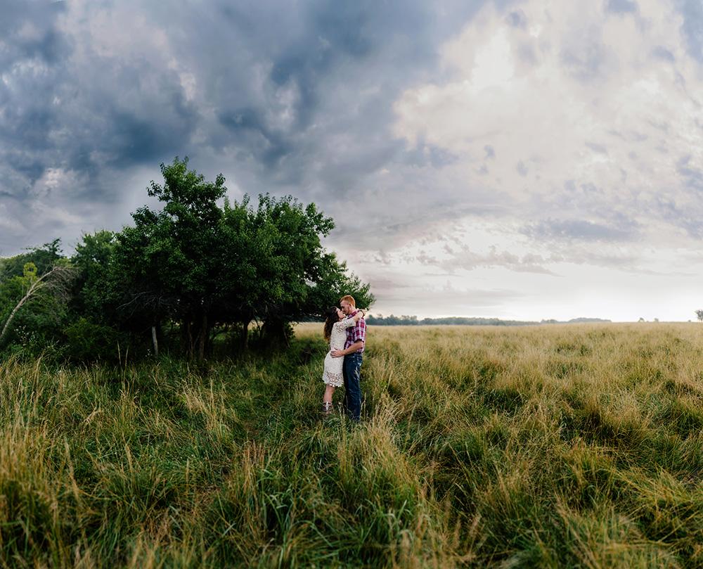 nicole corrine engagament phorographer Midwest Traer Iowa stormy sunrise.jpg