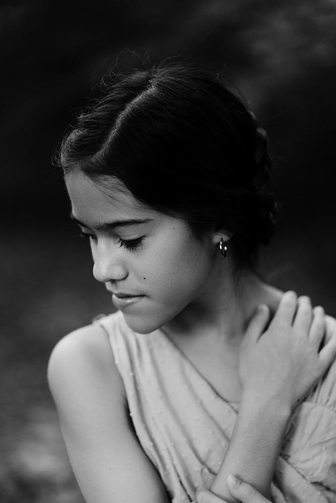 nicole corrine iowa midwest portrait photographer black and white.jpg