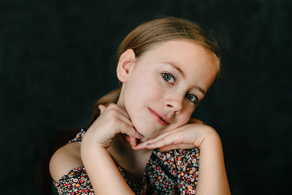 nicole corrine child portrait photographer iowa ss.jpg
