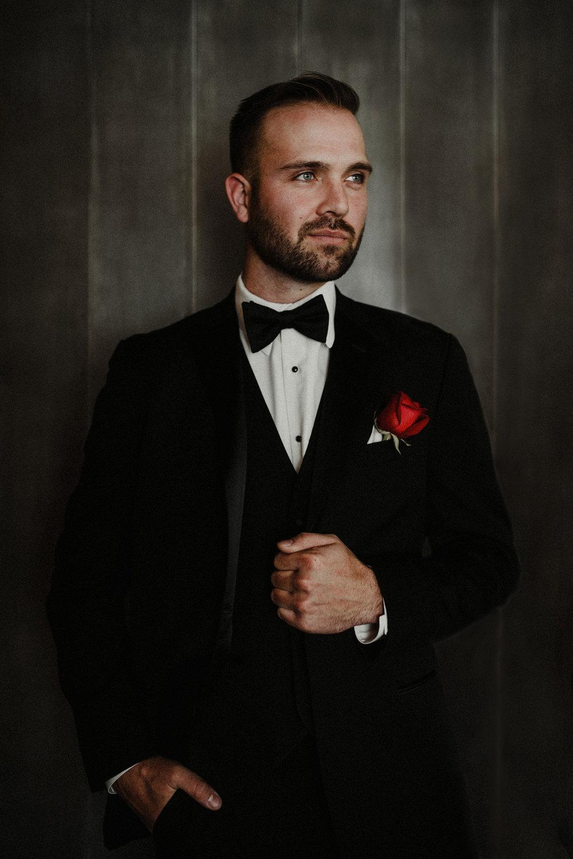 nicole corrine iowa wedding photographer groom ssp.jpg
