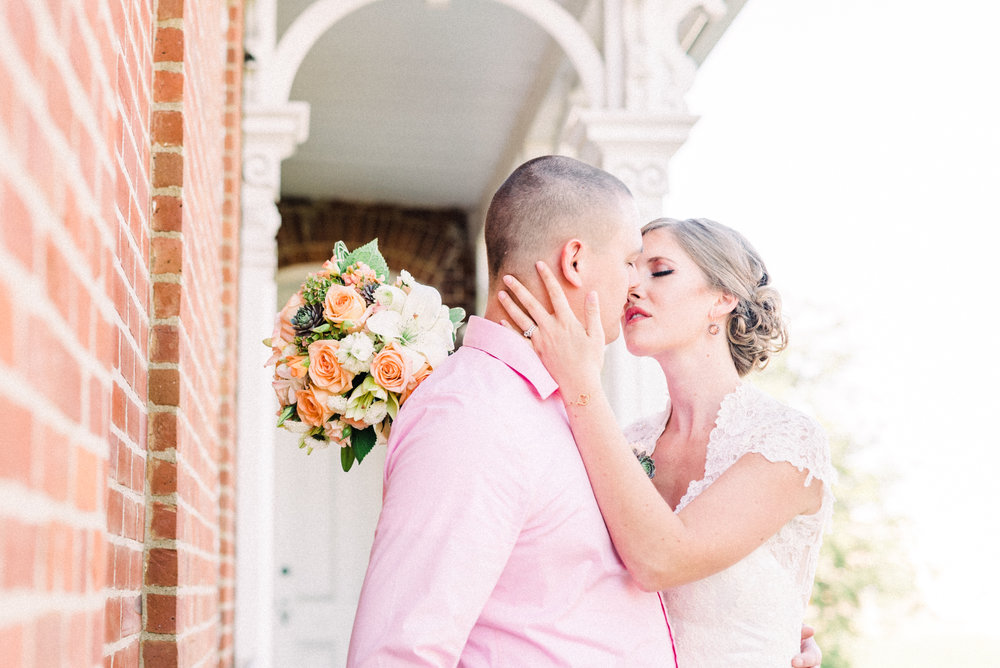 Bridal Inspiration | Snowden House | Waterloo, IA   I had so much fun on my first styled bridal session with some amazing vendors...   Read More --->