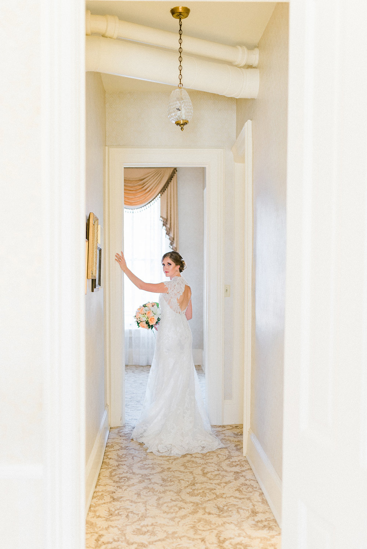 nicole corrine iowa wedding wedding photographer.jpg