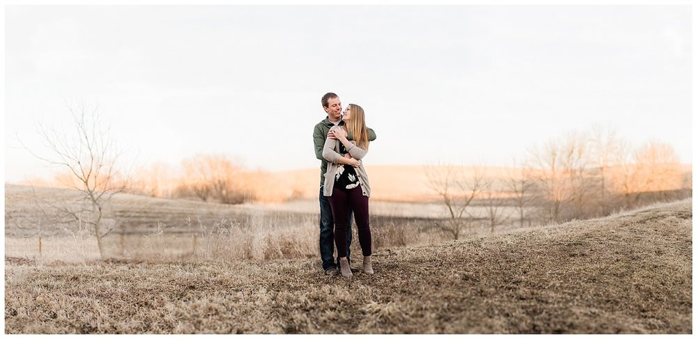 Iowa Engagement session Couple in love hugging Nicole Corrine.jpg