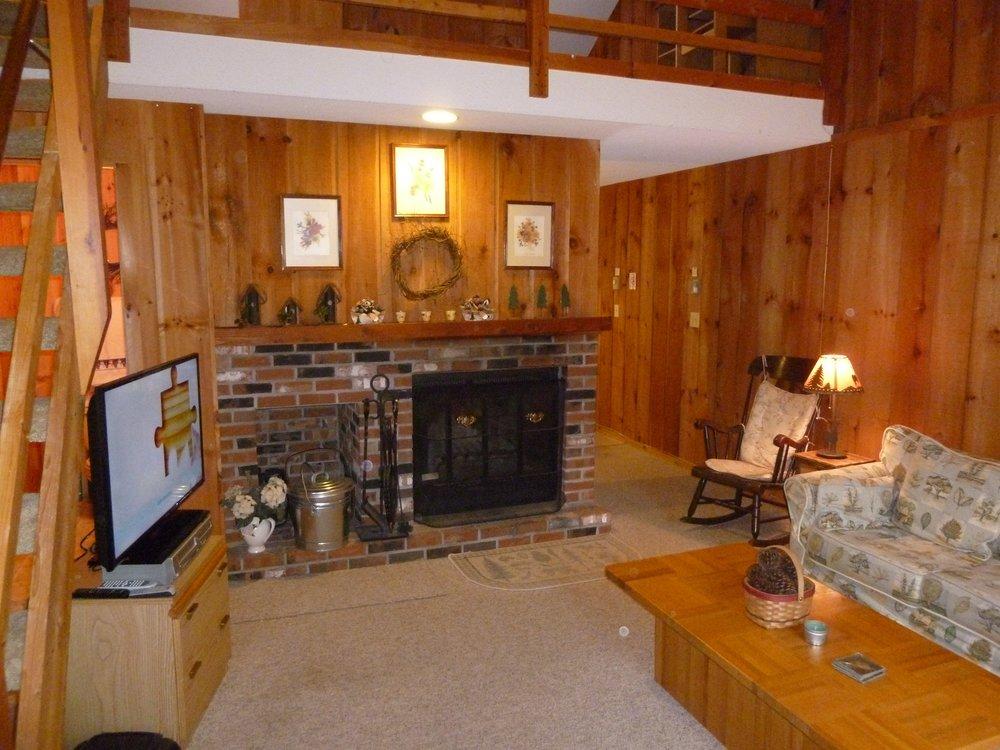 002_Fireplace .jpg