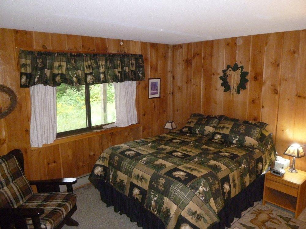 006_Master Bedroom .jpg