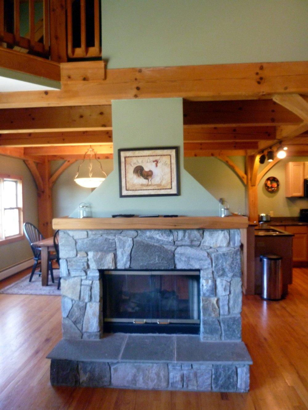 004_Fireplace.jpg