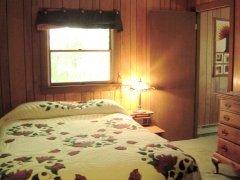 -06-Bedroom.jpg