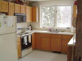 -04-Kitchen.jpg