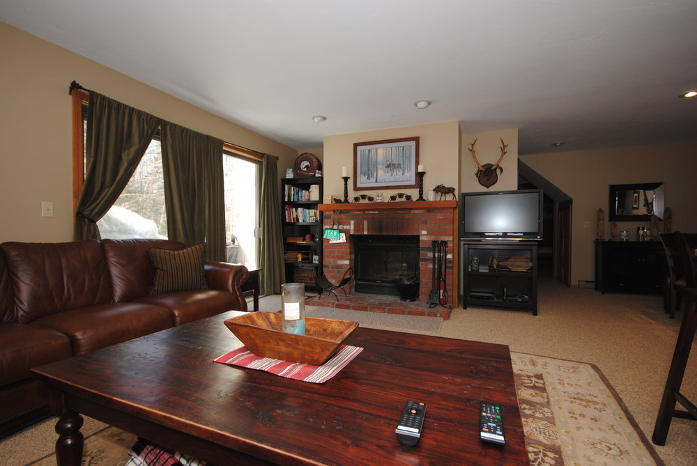 006_Living Room .jpg