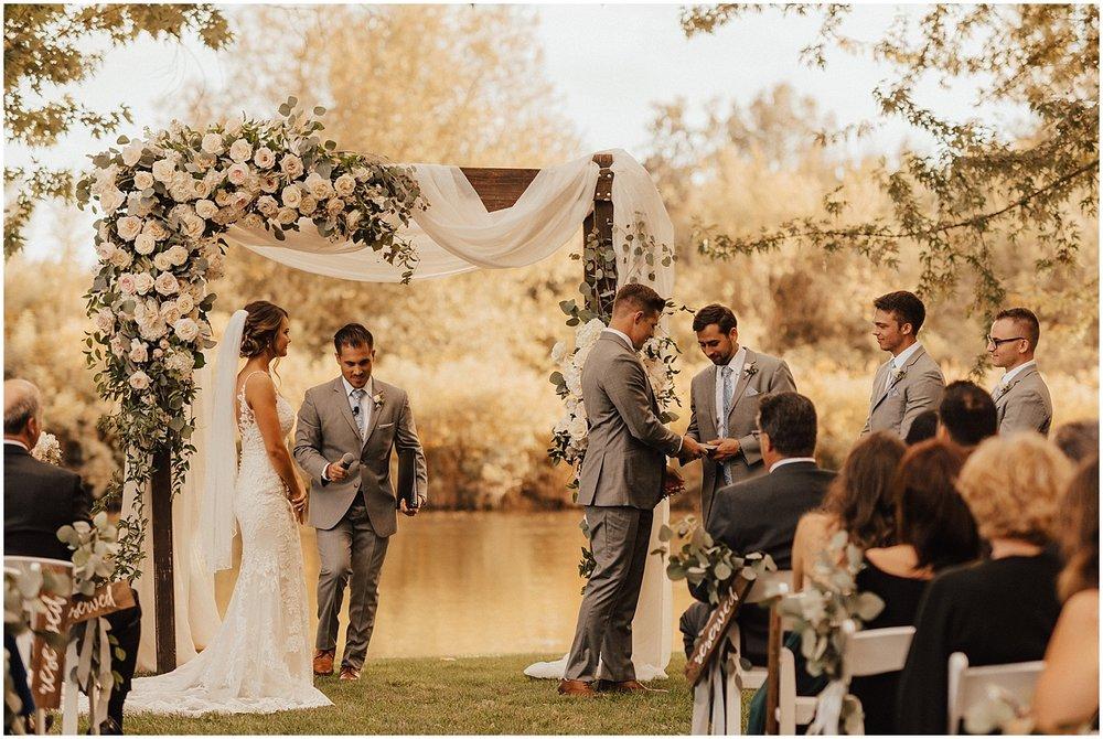 whimsical-summer-wedding-boise-idaho-las-vegas-bride125.jpg