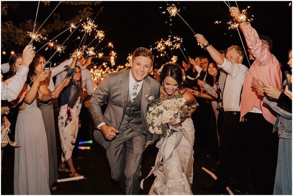 whimsical-summer-wedding-boise-idaho-las-vegas-bride242.jpg