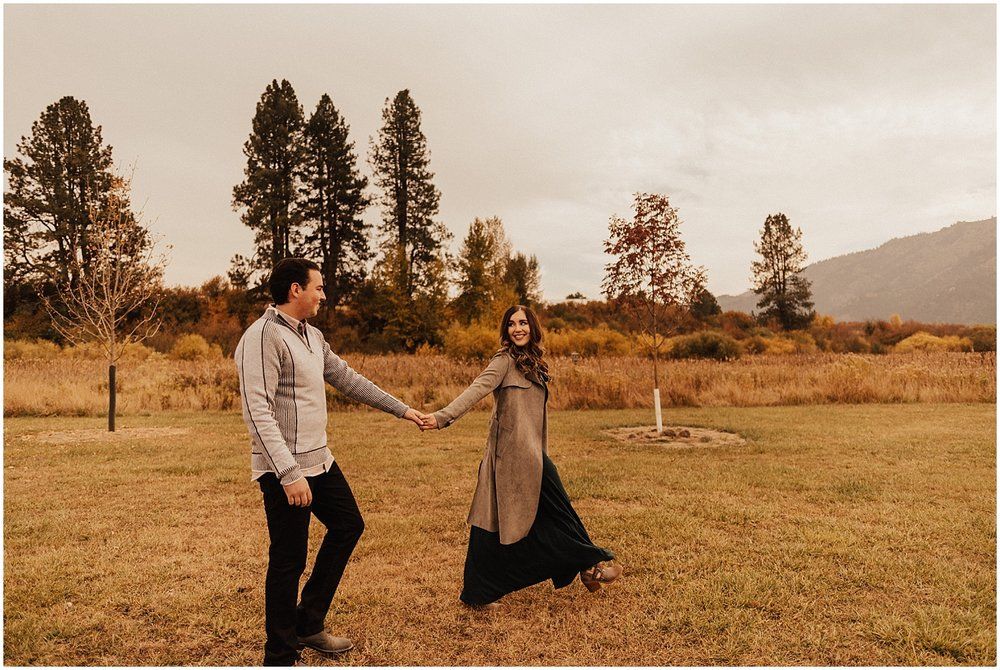 mccall-idaho-garden valley-fall-engagement-session-mountain engagement4.jpg