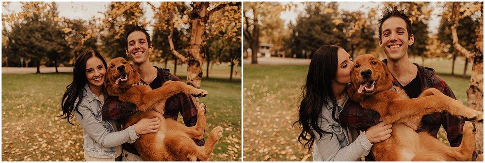 idaho-fall-winter-engagement-golden-retreiver5.jpg