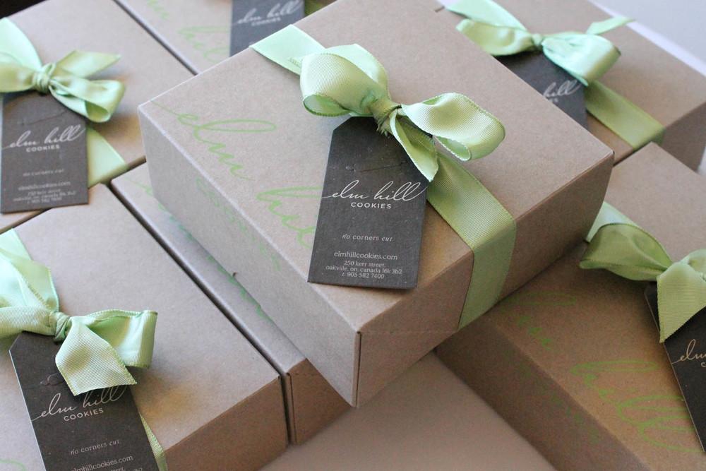 Corporate_Box_Green_Ribbon.jpg