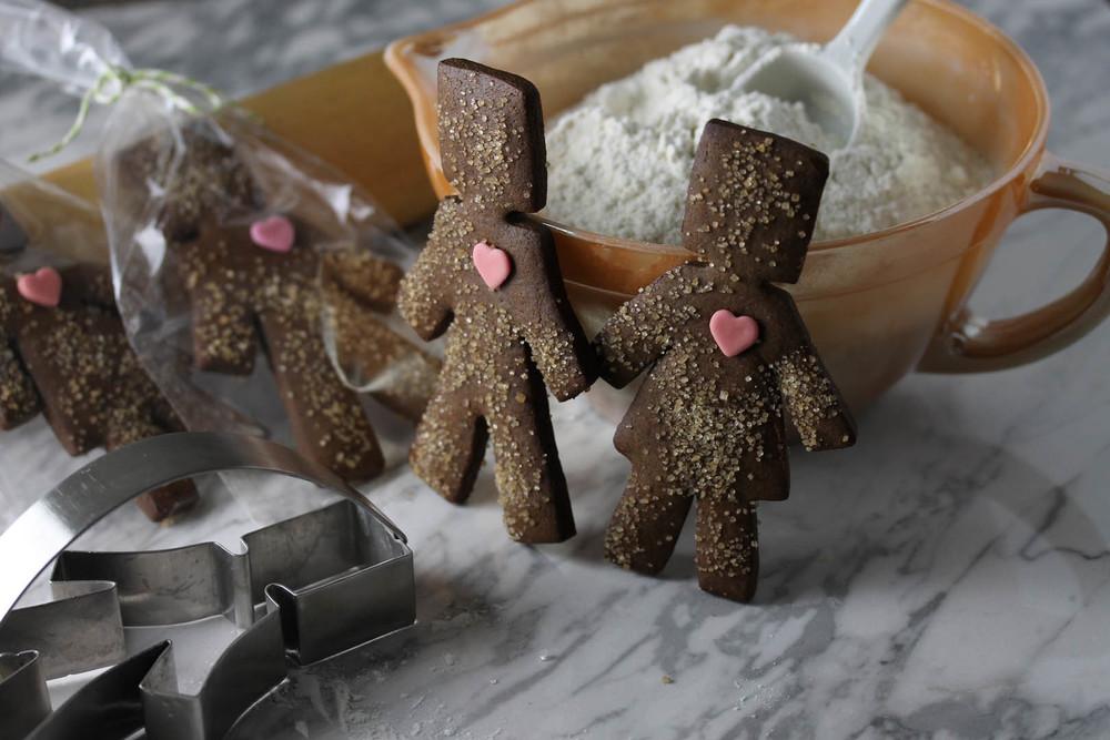 gingerbread boys & girls