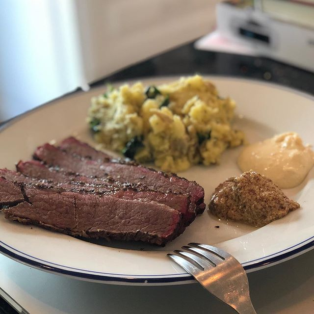 A decidedly not Irish meal. Corned beef smoked into pastrami form. Mashed potatoes with butter, olive oil, and spinach. And, of course, Dijon mustard and horseradish aioli. Tasty as all get out tho . . . . . . . #cornedbeef #pastrami #smokedcornedbeef #mashedpotatoes#horseradishaioli #dijonmustard #foodporn #stpatricksday  #cookathome #brisket