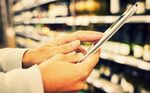 Small retailers and digitalization: how an omni-channel approach leads to success