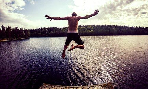 4 ways to overcome customer hesitation
