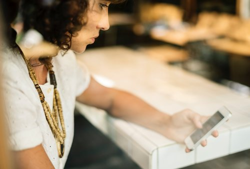 Optimize your customer experience with a digital roundtable featuring Le Tote and Zendesk [WEBINAR]