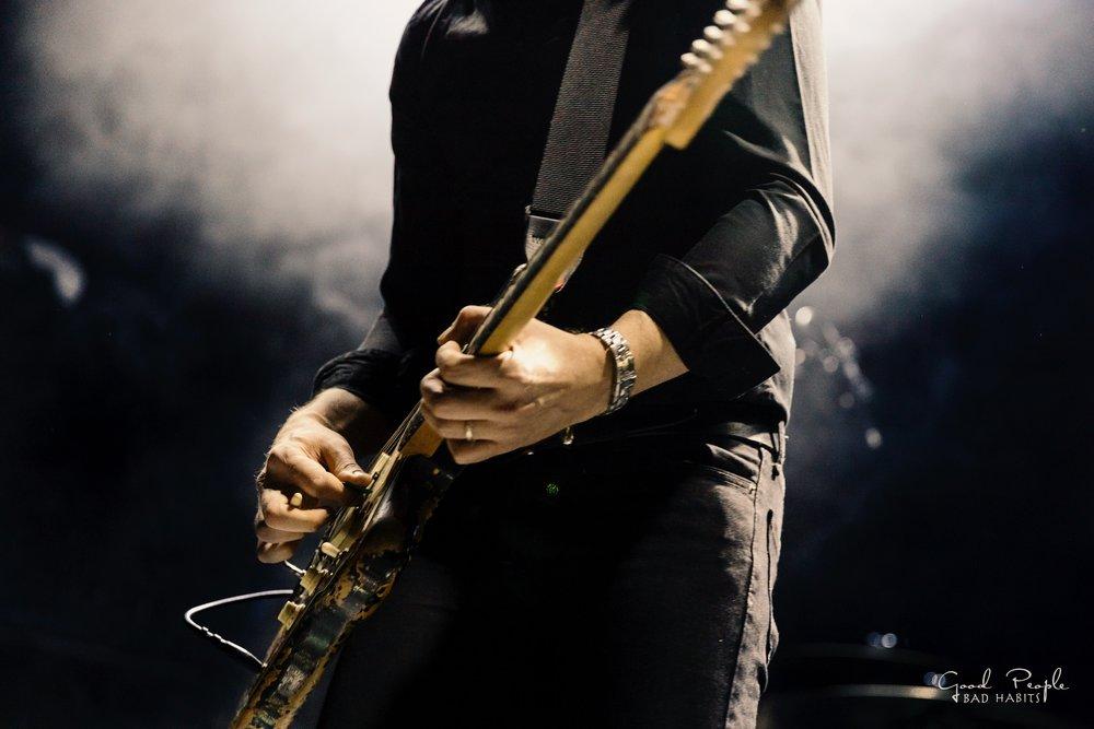 Longwave_Steve_guitar.JPG