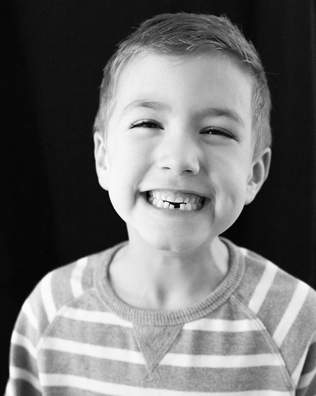 "Took some fun black and whites of my oldest today. They really do grow up so fast! And they learn quickly to stay away from mom when she pulls out the ""fancy camera."" 😂 #photogmomprobs #evandavisphoto #evandavisphotography"