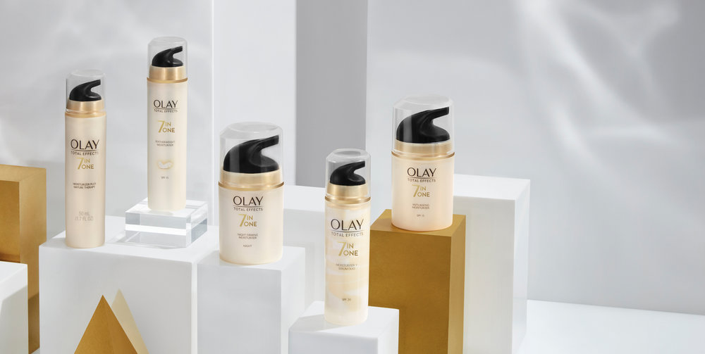 01-COMITA_180618_OLAY_Web_01-Total-Effects-Group-093_C2.jpg