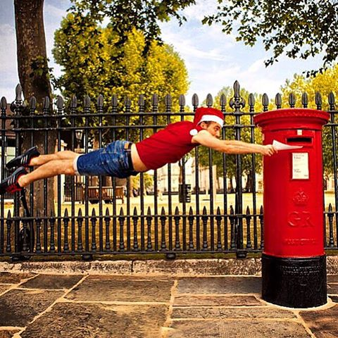 Santa isn't the only one who can fly 🎅🏼😜 #merrychristmas #cassonandfriends @citymovesdance