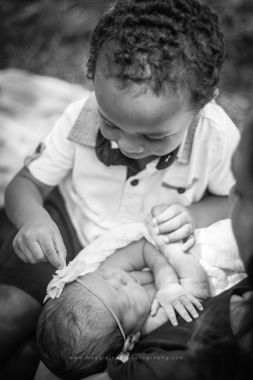 Brittany_newbornTWINS_blog-1-18.jpg