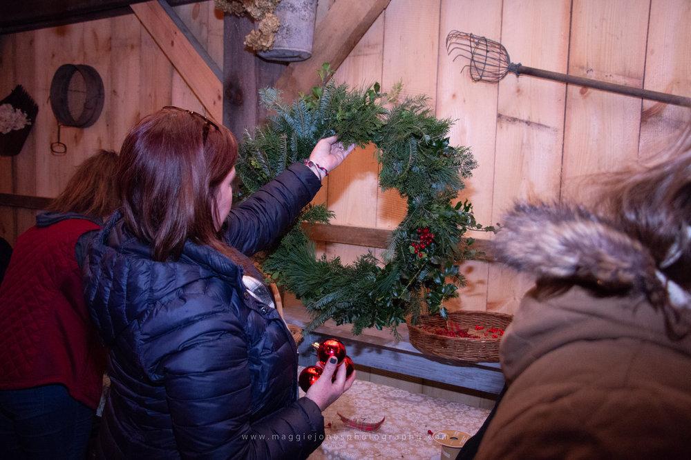 WreathsWineAndADamnGoodTime_blog-1-16.jpg