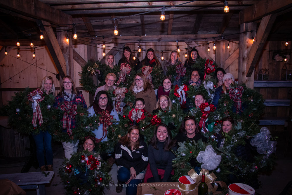 WreathsWineAndADamnGoodTime_blog-1-18.jpg