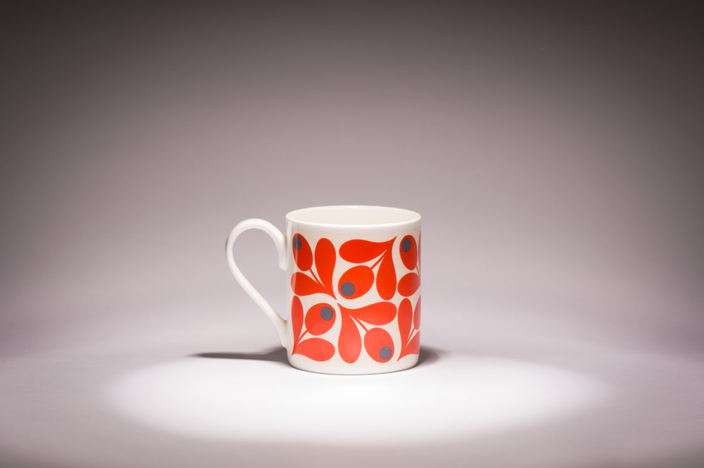 I think this beautiful little number has only been used once. It was bought for us by my loving mother from #OrlaKiely. Although it is very hot it is strangely tiny. I remember the discovery moment well. I was shopping with the old dear and this mug seemed like a great gift for my wife. We both like having Orla Kiely stuff in the house but are far to poor for such habits. The mug was surprisingly cheap so we though, yas! Without other mugs for scale it wasn't until the next morning when I threw a tea bag in the disaster was discovered. Me and @notthekind are tea junkies so this would not do. I keep it as a reminder that nothing is easy and great things are rarely cheap.