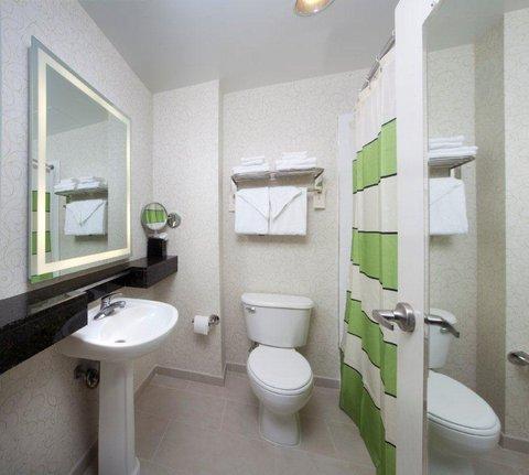 bathroom_-_standard_J.jpg