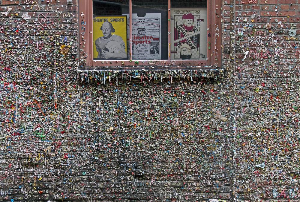 Gum Wall (2011)