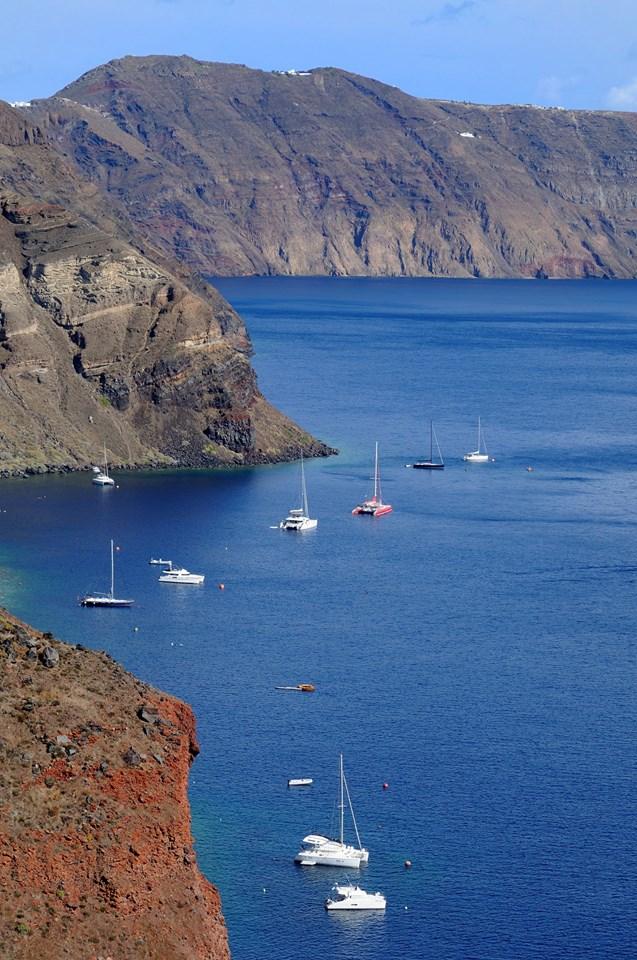 boats in cove.jpg