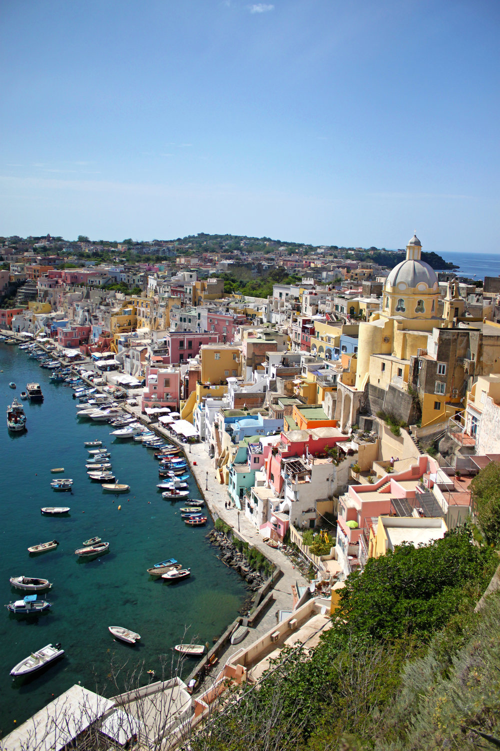 Procida Veritcal in focus.jpg