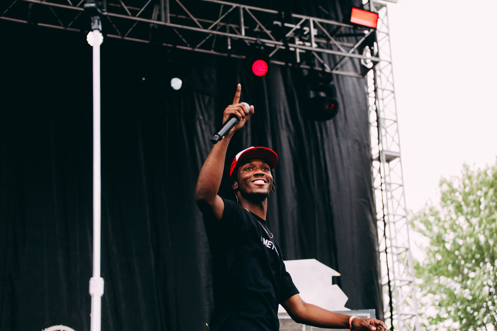 Saba performs at Pitchfork 2018 (Photo by Michael Salisbury)