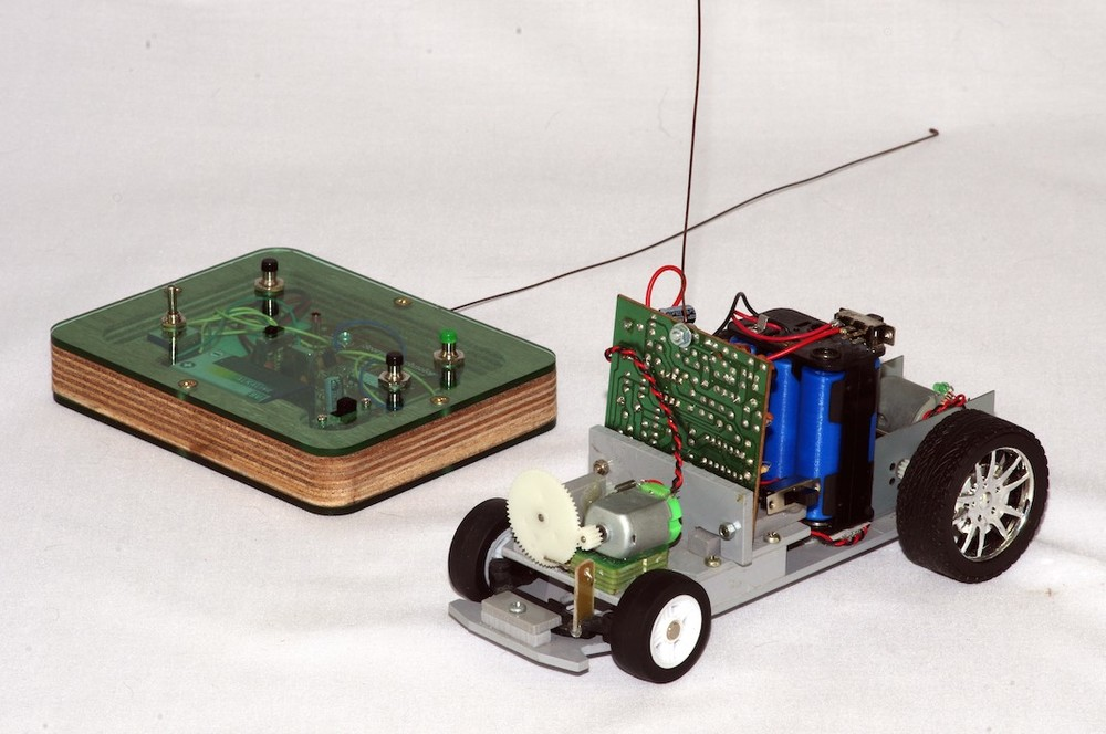Radio controlled vehicle