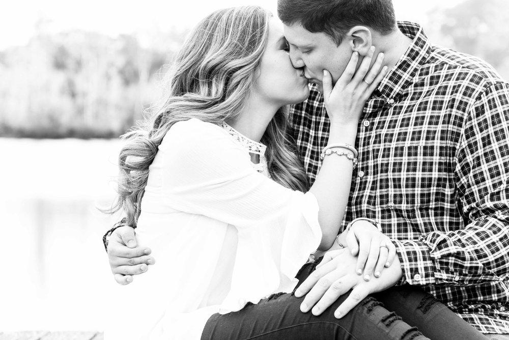 Tori & Trey Mobile Alabama Engagement