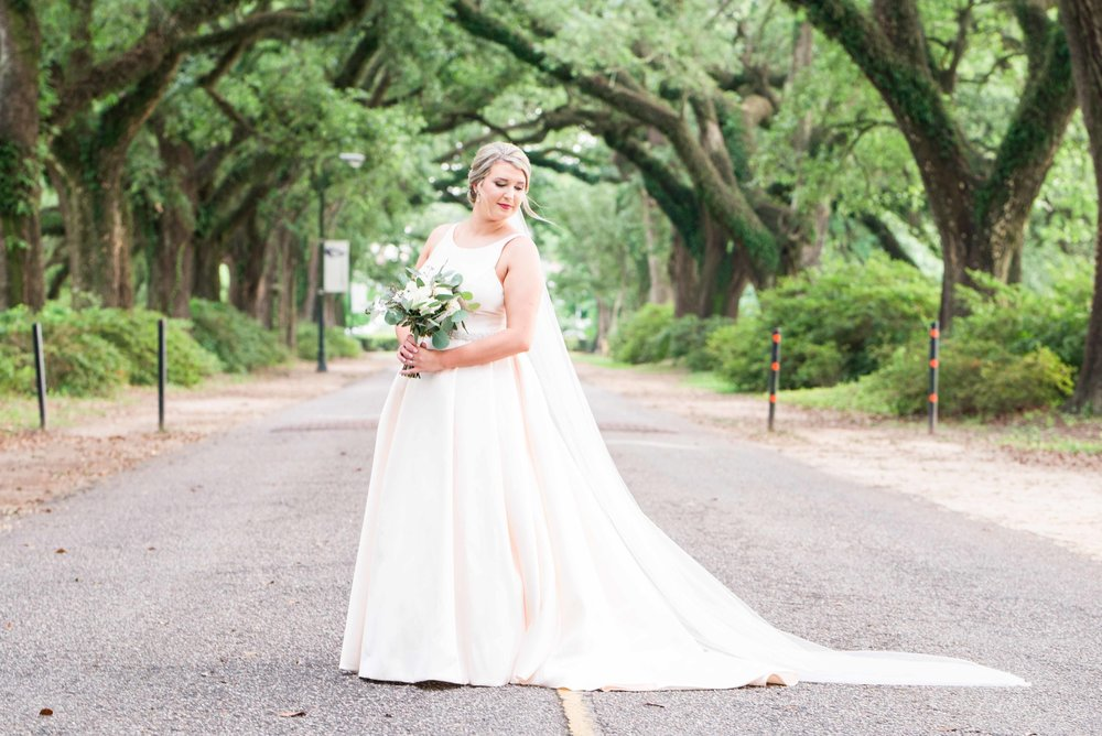 Lauren | Avenue of Oaks Springhill College Bridal Portraits