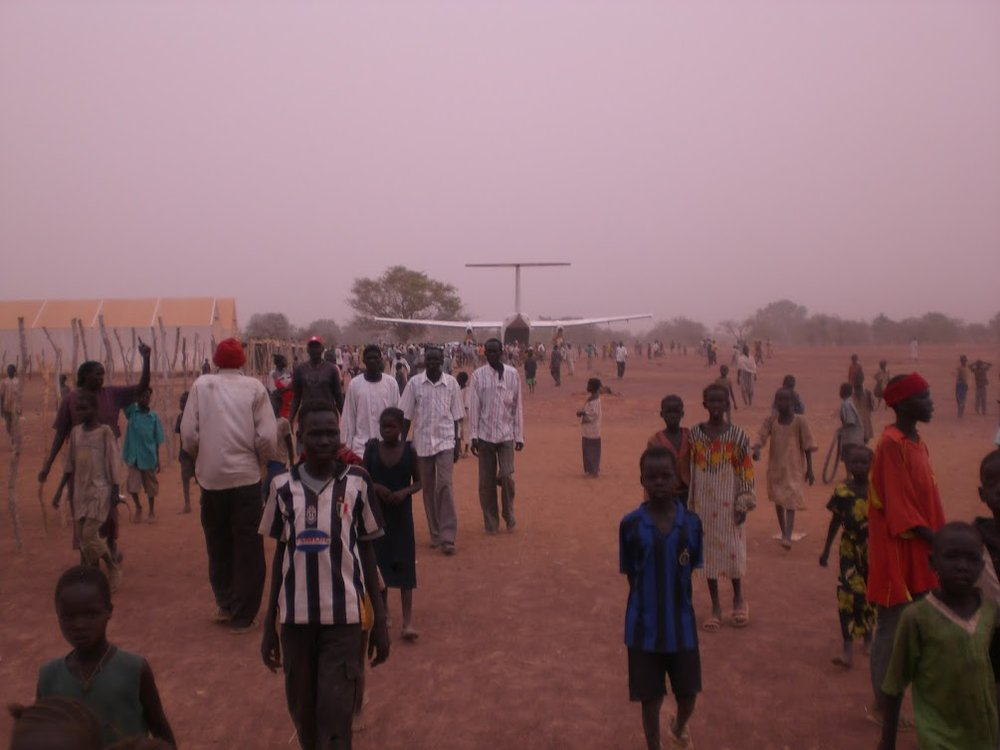 south-sudan-airplane-on-airstrip_2374232071_o.jpg
