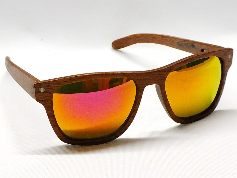 e0709e612b 3 lentes de sol de madera para no perder el estilo este verano