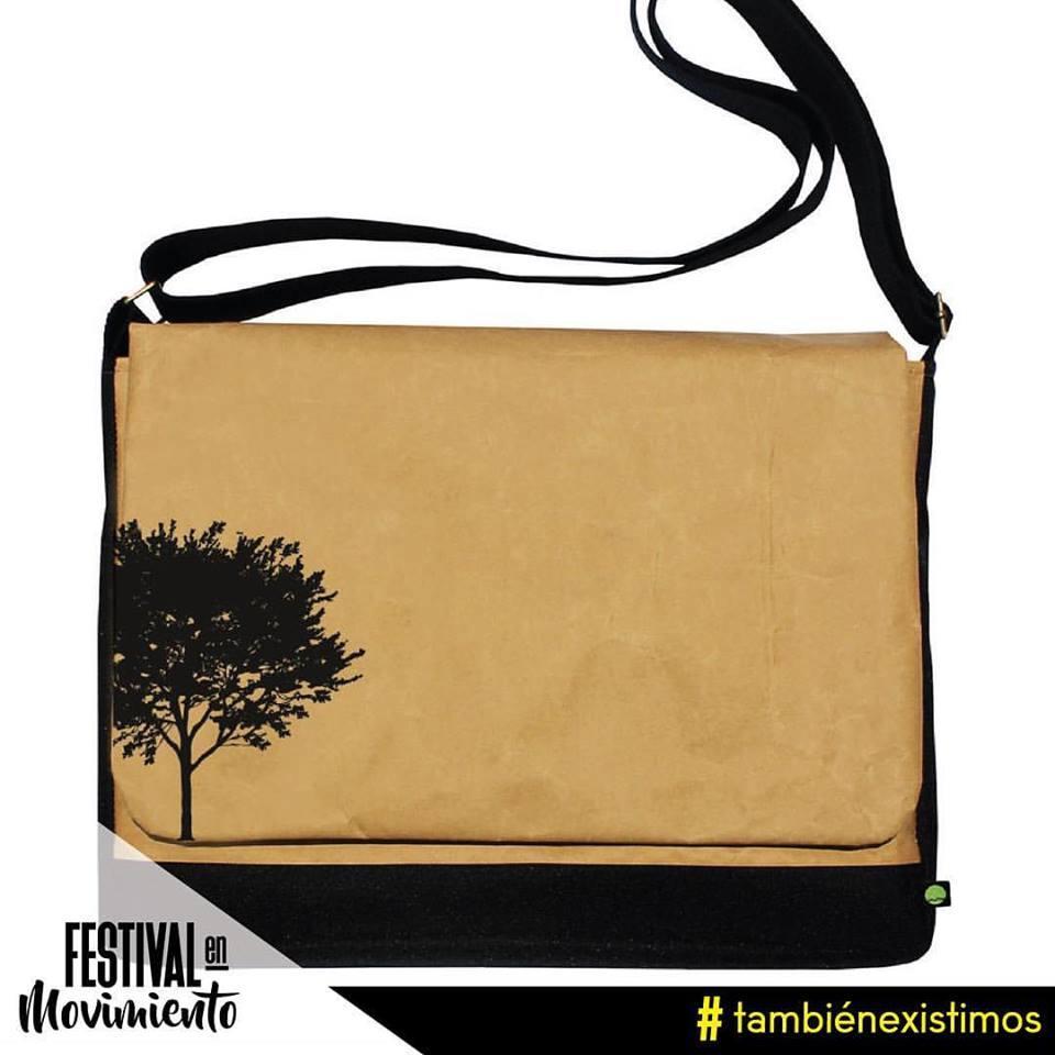 Mochila de Paper and Grass