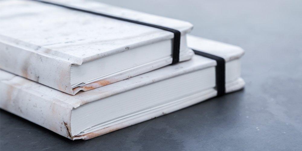 Paquete de dos Cuadernos Mármol Rosa Pasta Suave - MXN $400.00