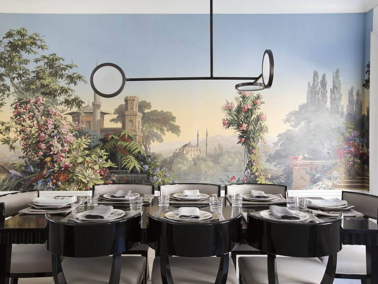 Viyet founder Liz Brown's dining room