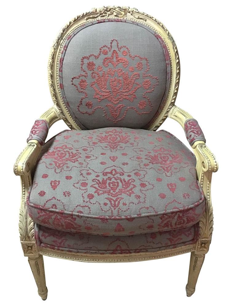 Antique Fauteuil Chairs before revitalization | Revitaliste