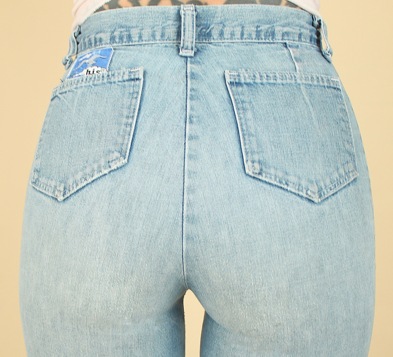 cfa3defe5d Vintage Bell Bottom Jeans // Super High Waist + Perfect Fade ...