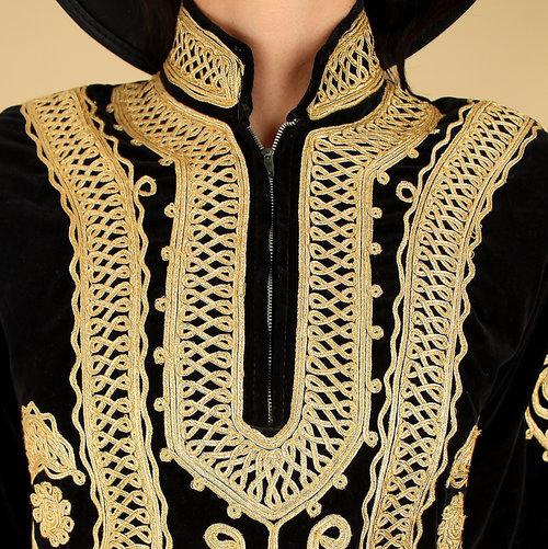 1be832e8be9 Vintage 60s Black VELVET Embroidered Mini Tunic Dress    WooDsToCk ...