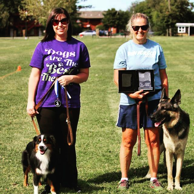 Second Chance Dog Days Novice Toss and Catch Winners Belinda with Jerry Lee and Jessica with Sérge. Full List of Results:  http://www.okcdiscdogs.com/2016/