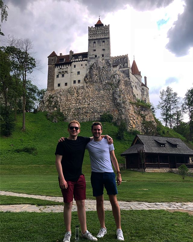Bro-mania trip to Dracula's Castle: success ✅ #Romania 🇷🇴